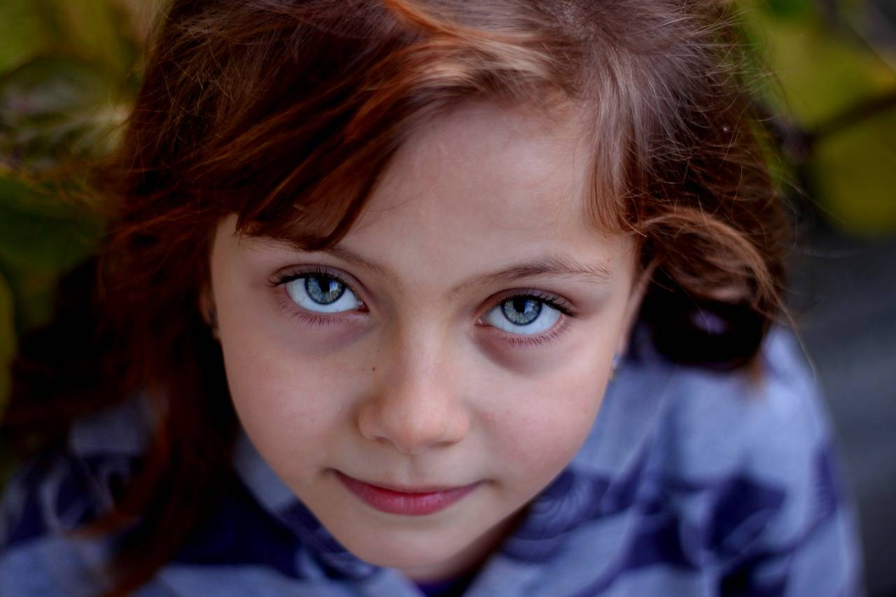 little girl portrait 1280x853 2